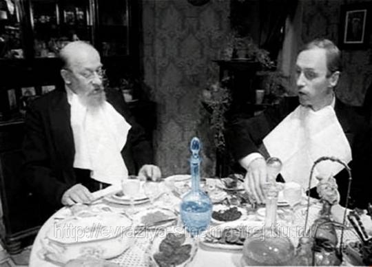 """Сцена из """"Собачьего сердца"""" про большевистские газеты"""